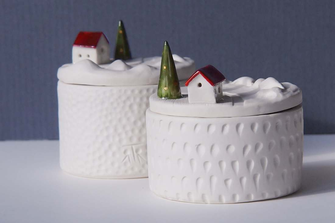 Amiche per la terra, La casa di Babbo Natale, scatola porcellana, 2018